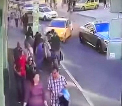 Moscow Taxi Driver Mows Down World Cup Fans 😵😵😵