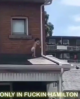 Only In Hamilton You'll See A Baby On A Roof Of A House 😲😲😲