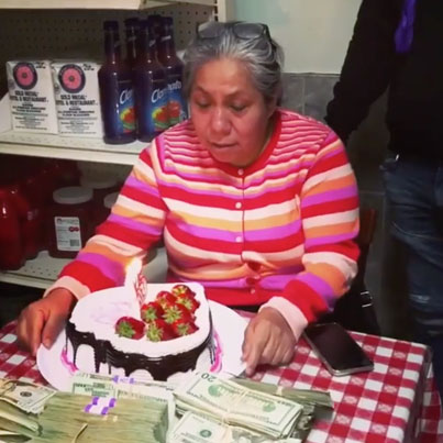 Tekashi69 Suprises His Mother With Tons Of Cash For Her Birthday 🎂💵🙏