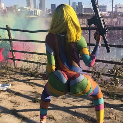 IG Ting Covered In Rainbow Body Paint Twerks To Tekashi69's 'Stoopid' 👀🔥💰💯