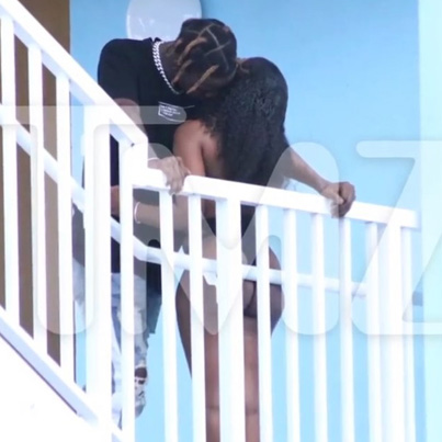 YouTuber Reveals He Tricked Everyone With Fake Travis Scott Cheating Photo 😂😂😂
