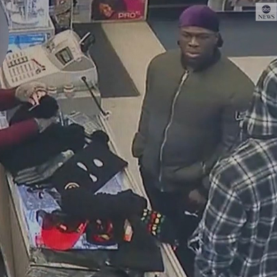 Leaked Footage Of Jussie Smollett Homies Buying MAGA Hats And Rope At A Store 😂💀