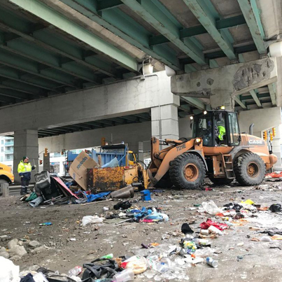 City Of Toronto Gets Rid Of A Homeless Camp Under The Gardiner Expressway 😓😩