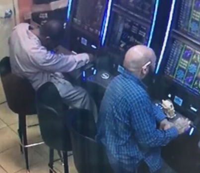 Man Stains A Slot Machine At A Gas Station For Almost 8 Racks 🤔🎰💰
