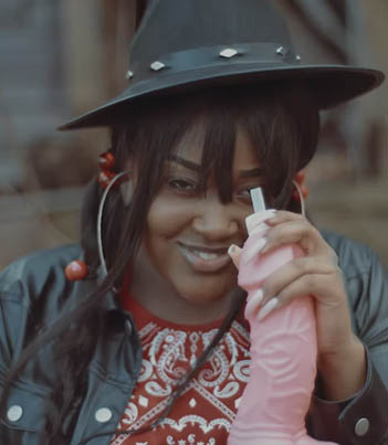 Old Town Hoe (Old Town Road Remix) by CupcakKe (Official Music Video) 😂😅🔴👑