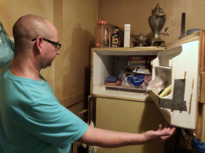 Man Says He Found A Dead Baby In The Freezer Of His Late Mother 😷😷😷