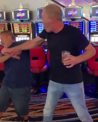 Bagel Boss Chris Morgan Gets Into A Fight At A Casino 😂😭